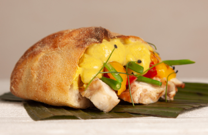 guerra-7chef-crema-curry-sac-a-poche-surgelata-ricetta-panino-in-giallo